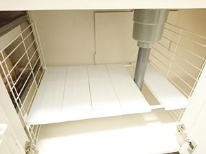 アイリスオーヤマのシンク下伸縮棚