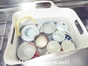酸素系漂白剤液に食器をつける