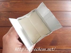 杏仁豆腐のパッケージを開封したところ